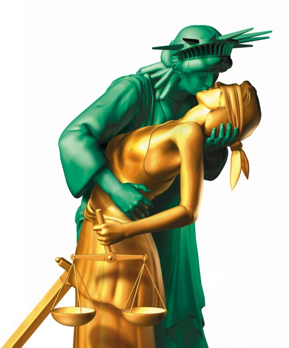 statue-of-liberty-in-love